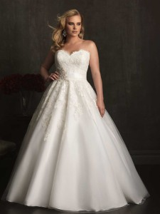 Allure Woman Style W320 plus-size wedding dress