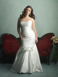 Allure Woman Style W342 plus-size wedding dress
